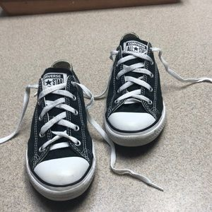 All Star convers tennis shoes, girls in black